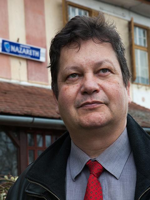 Dr. Holger Lux